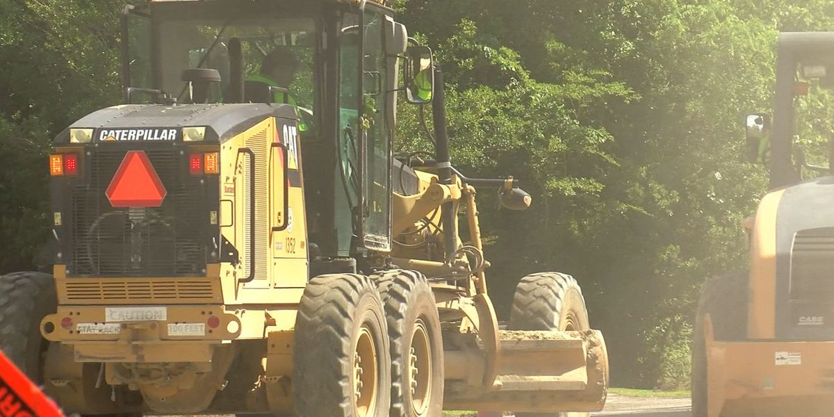 Crews continue road resurfacing project in Berkeley Co.
