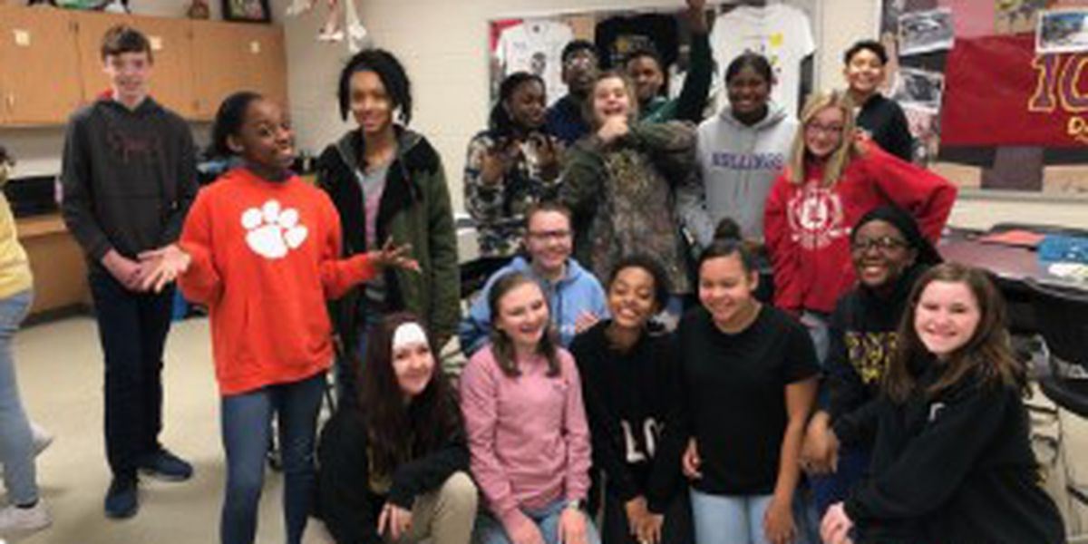 Classroom Champions: Standing desks wanted for science class at Rollings Middle School of the Arts