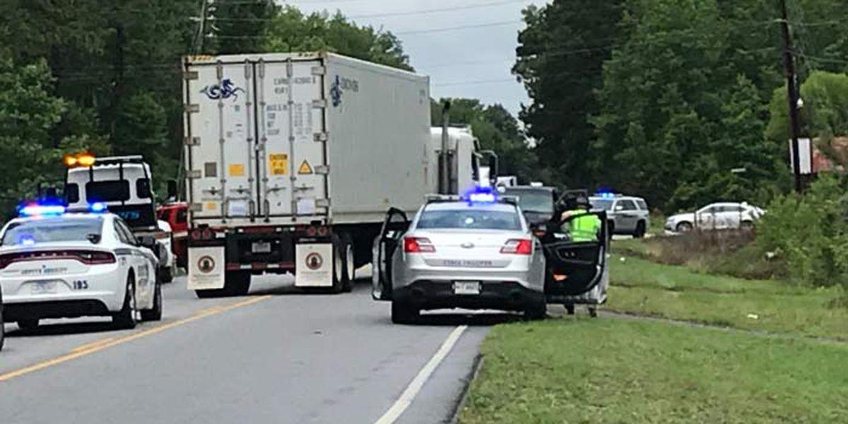 Deputies: Fatal 2-vehicle crash closes Hwy. 17A near Ridgeville