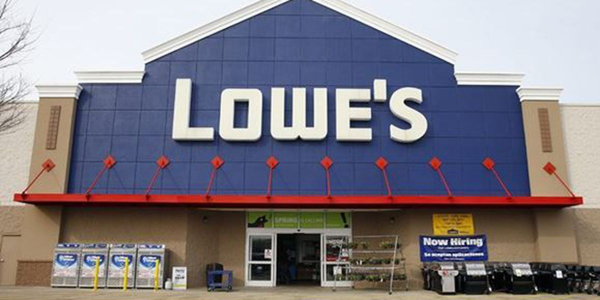 Lowe's to pay $1,000 bonuses to employees