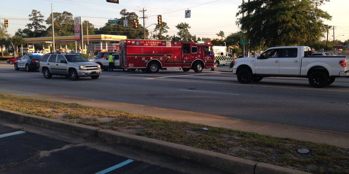 Emergency crews respond to accident on Hwy 61 and Sam Rittenberg