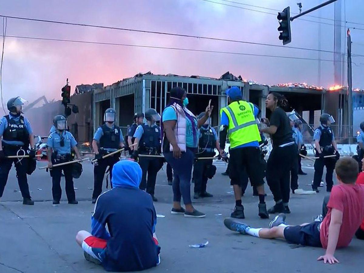 GRAPHIC: Looting, fires rock Minneapolis after man dies in custody