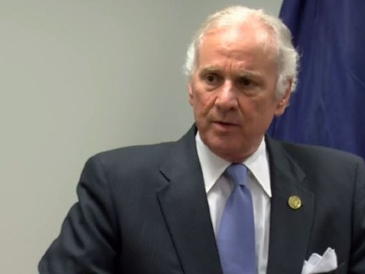 S.C. governor signs five-day in-person learning bill into law