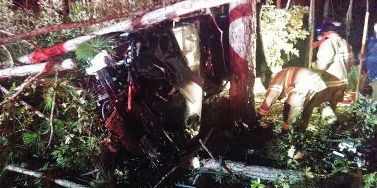Driver airlifted after early-morning Awendaw crash