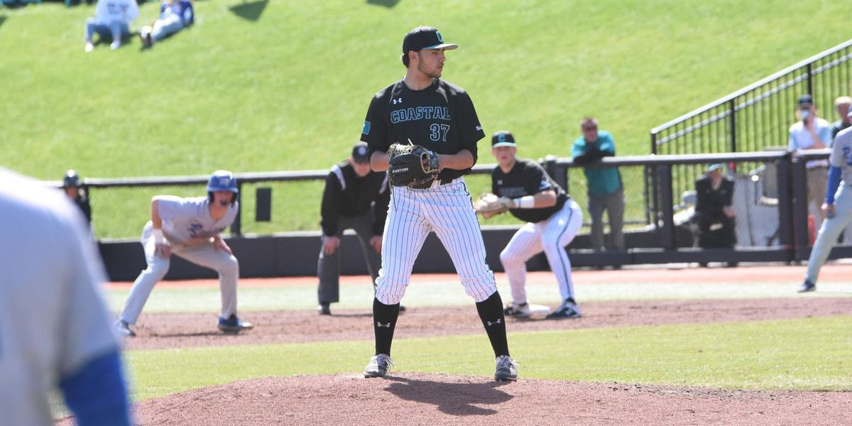 Chants Take Series With 8-1 Sunday Win