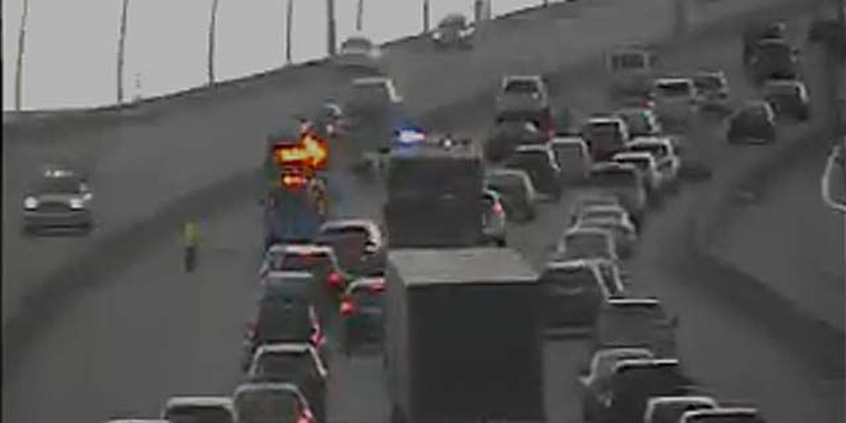 Northbound Ravenel Bridge lanes reopen after roadway cleared