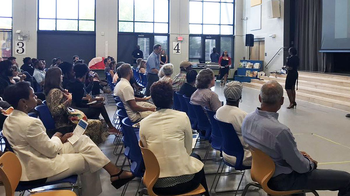Group holds discussion about gentrification concerns in Charleston