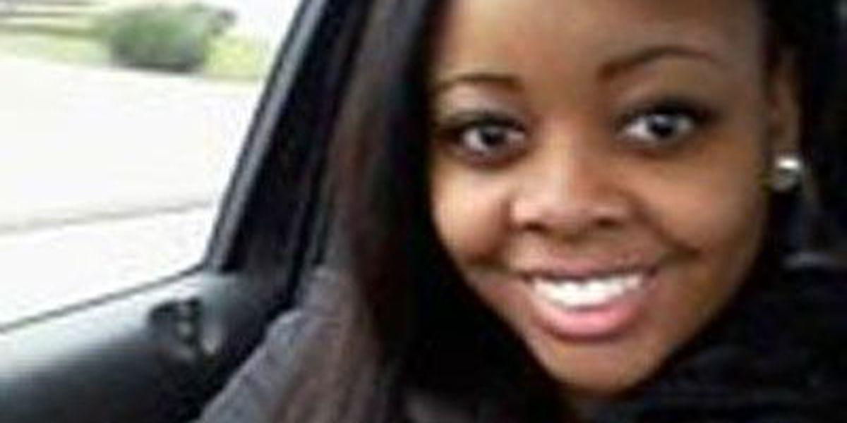 Charleston police searching for runaway teenager