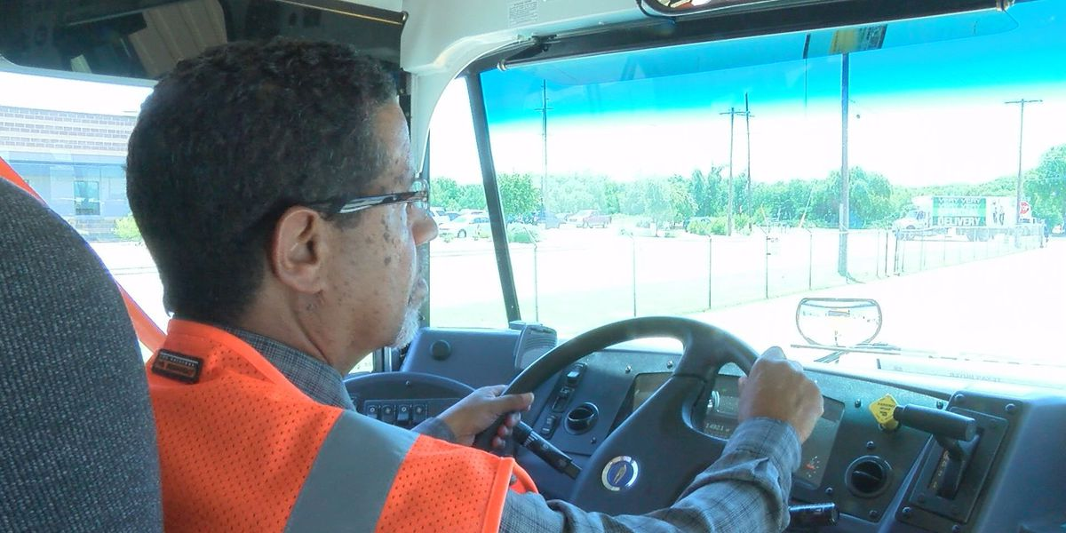 Bus driver shortage lingers days before new CCSD school year