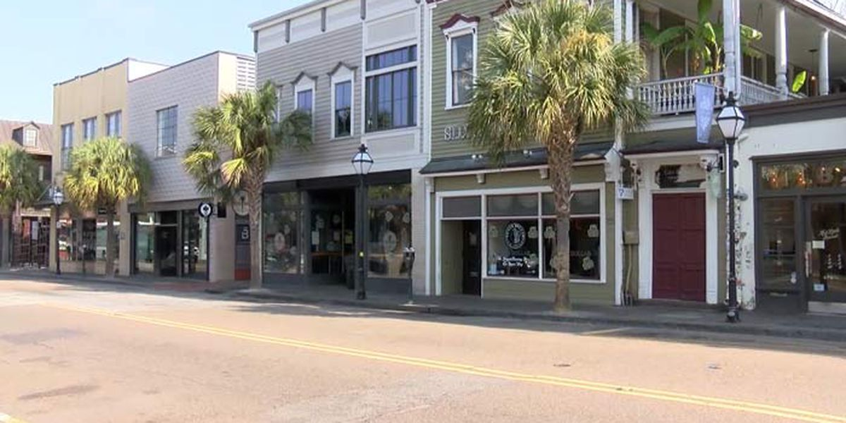 Charleston's 'Stay at Home' city ordinance takes effect
