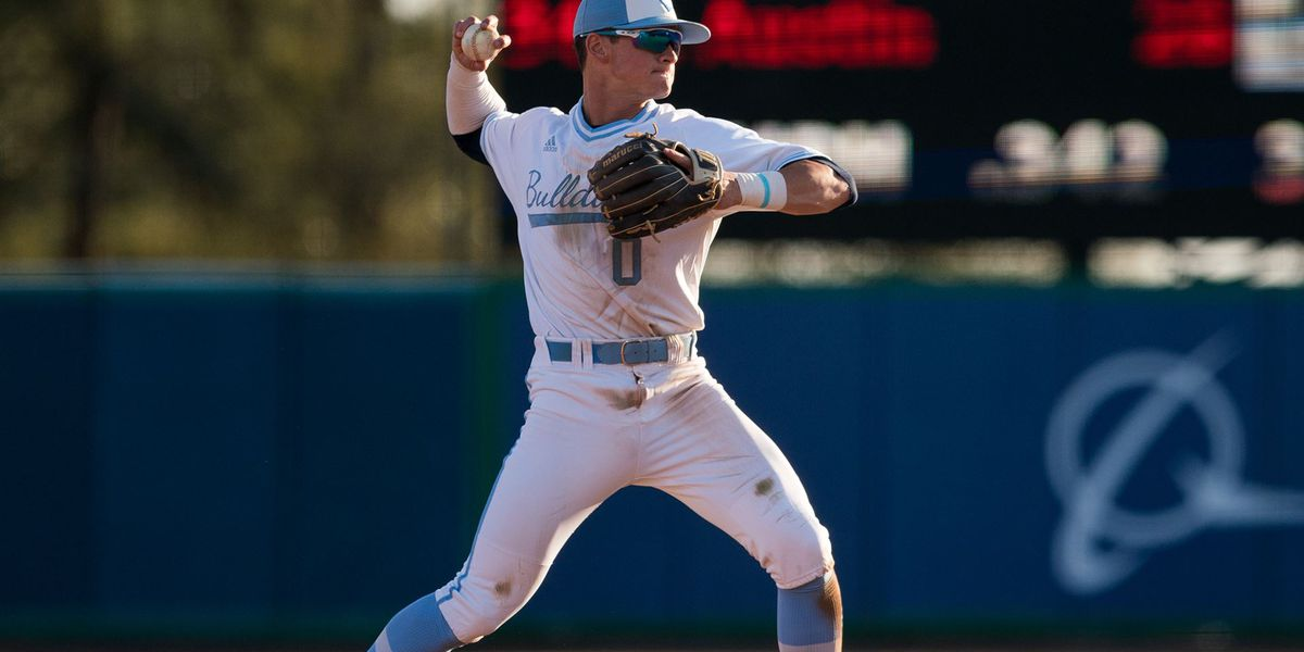 Bulldogs Close Out Series at UNCG