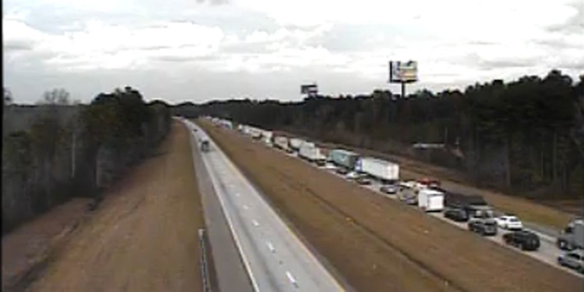 I-95 NB traffic near Walterboro moving again following accident