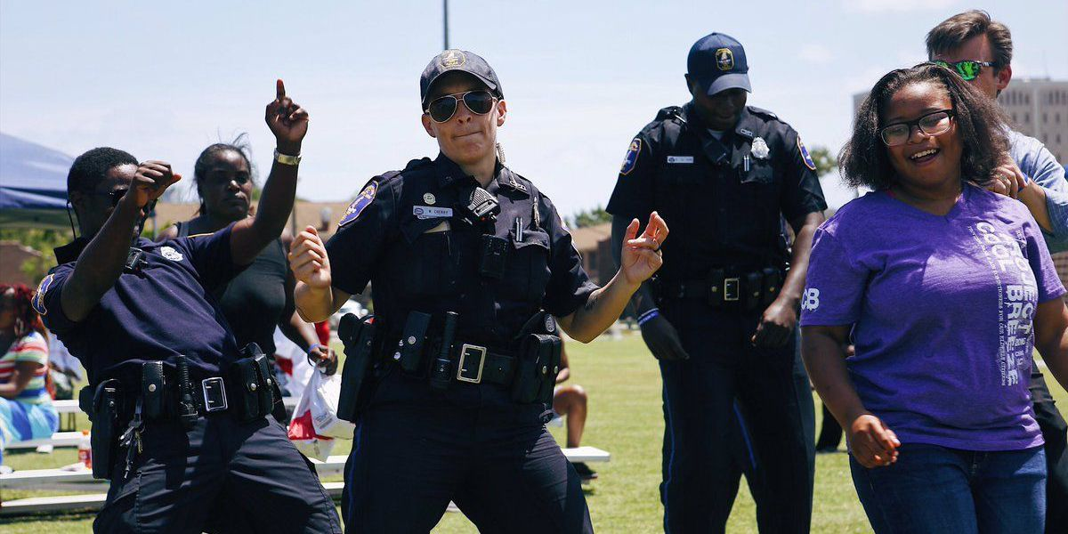 City of Charleston PD hosts Breaking Down Barriers event