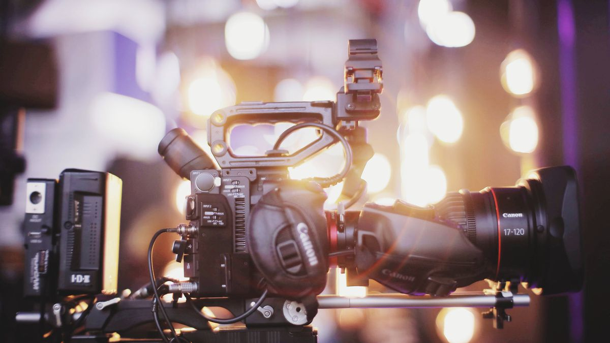 Crews set to film commercial in Summerville that may air during Super Bowl