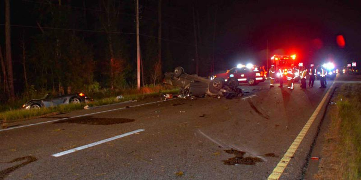 Troopers investigate deadly crash in Colleton County