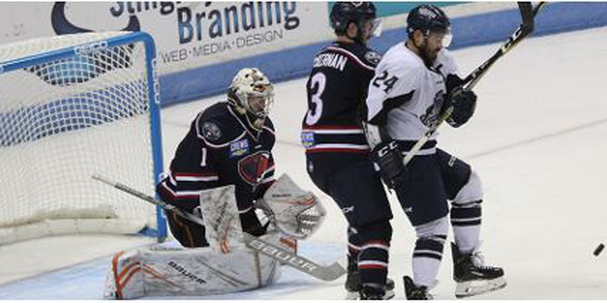 Icemen Use Early Start To Hold Off Stingrays