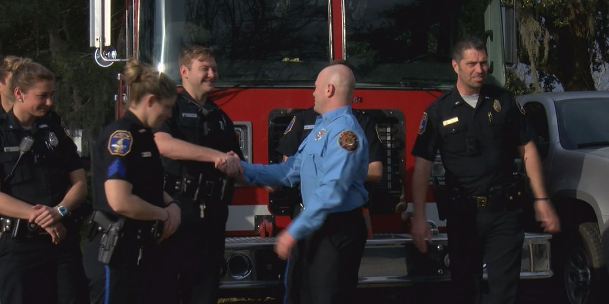 Charleston police honor St. Andrews firefighters for their help during intense chase