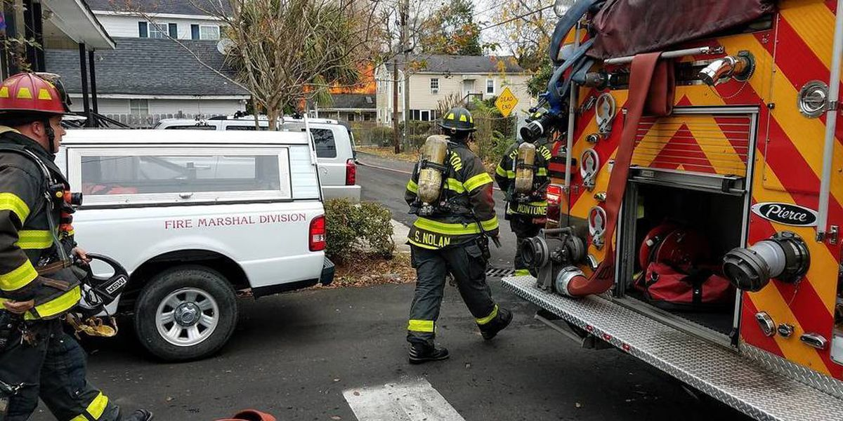 Charleston firefighters respond to house fire
