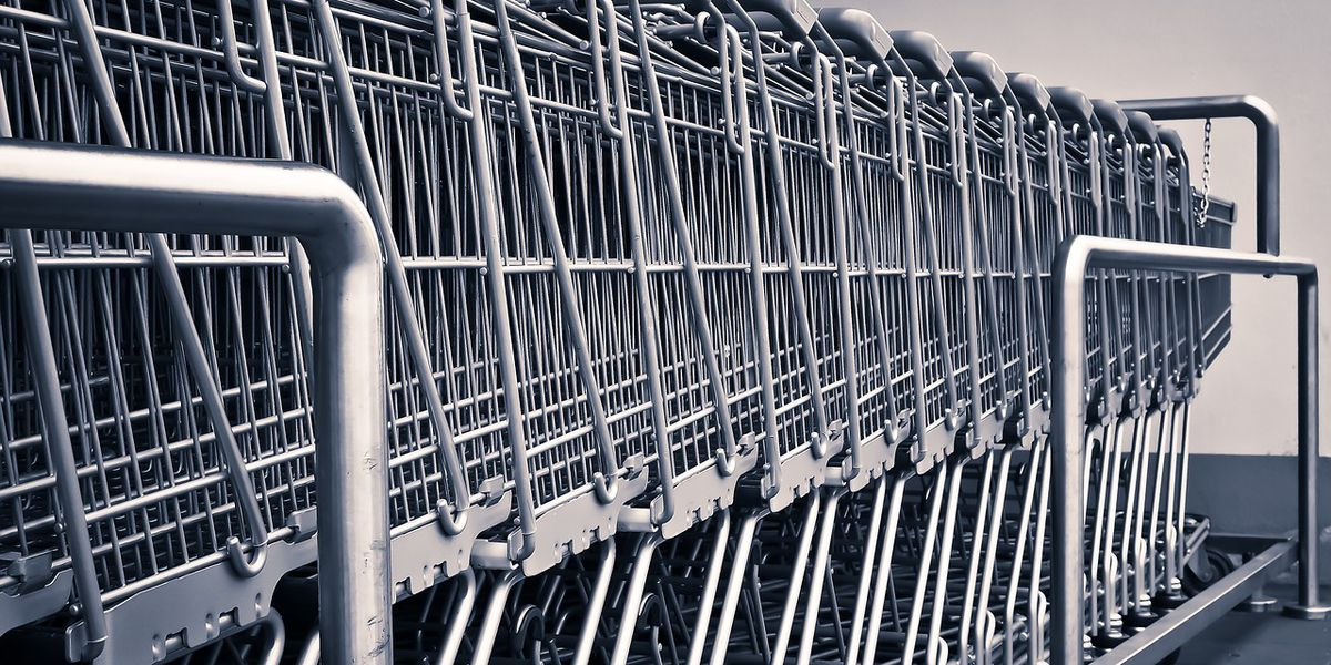 WFPD: Woman rides electrical cart, drinks wine from chip can