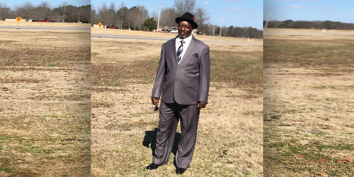 Coroner: Driver clutched his chest, slumped over before Mississippi school bus crash