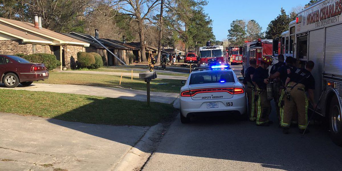Crews extinguish house fire at North Charleston neighborhood