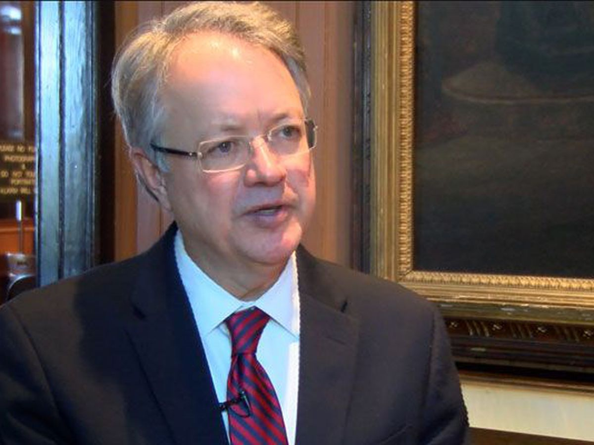 Charleston mayor John Tecklenburg signs letter supporting bill to bring Panthers to SC