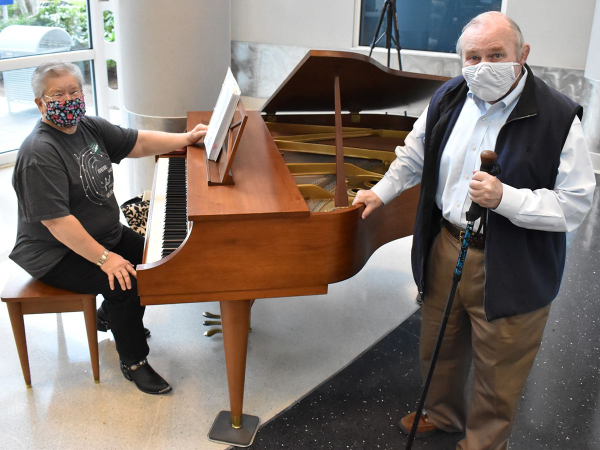 Grand donation: Florence man donates his baby grand piano to hospital