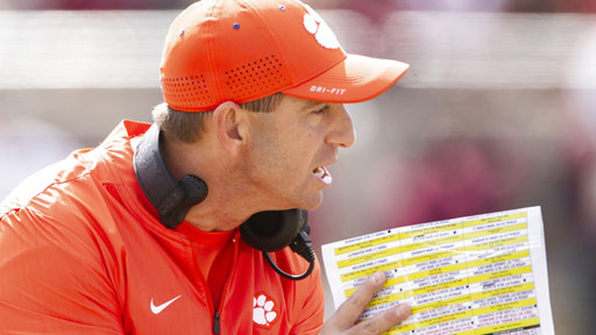 Clemson signs 26 on early signing day