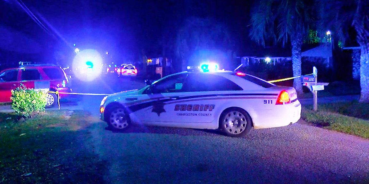 Sheriff's office: Man suffers serious injuries in West Ashley shooting