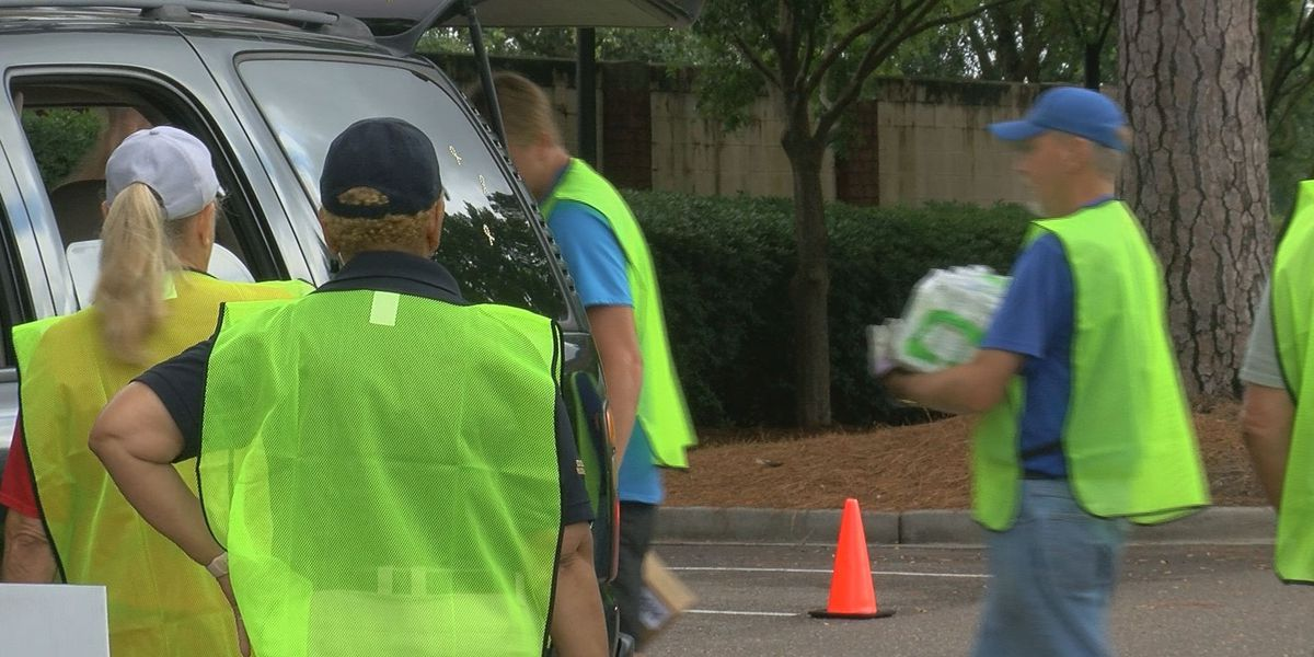 Hundreds of people get free hurricane supplies in Charleston County