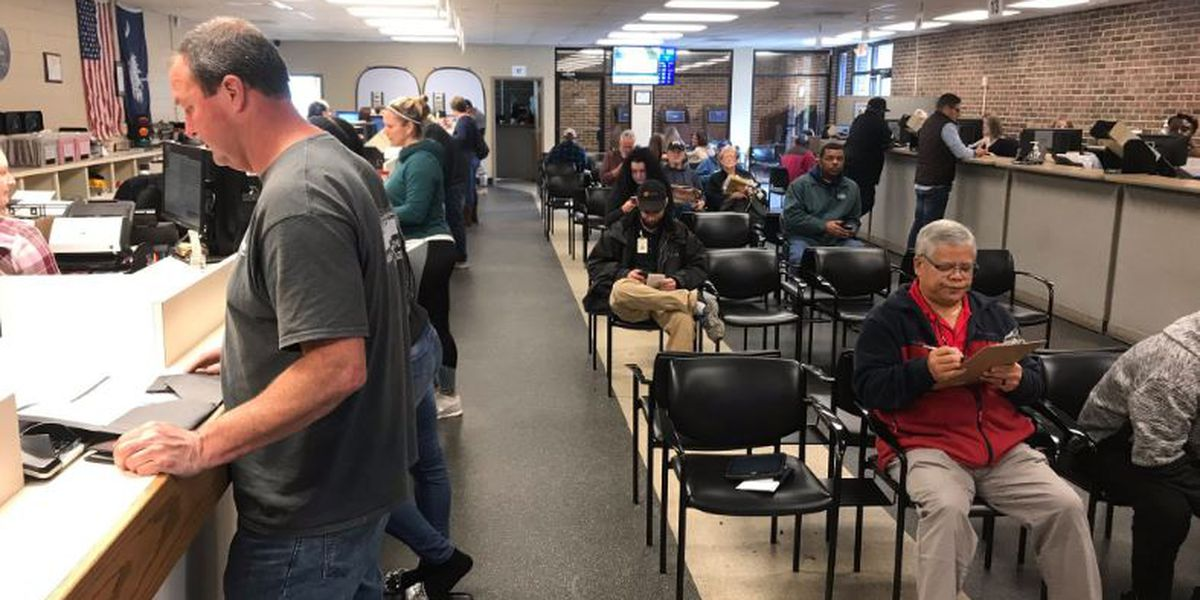 Concern mounts as few people register for REAL IDs in SC