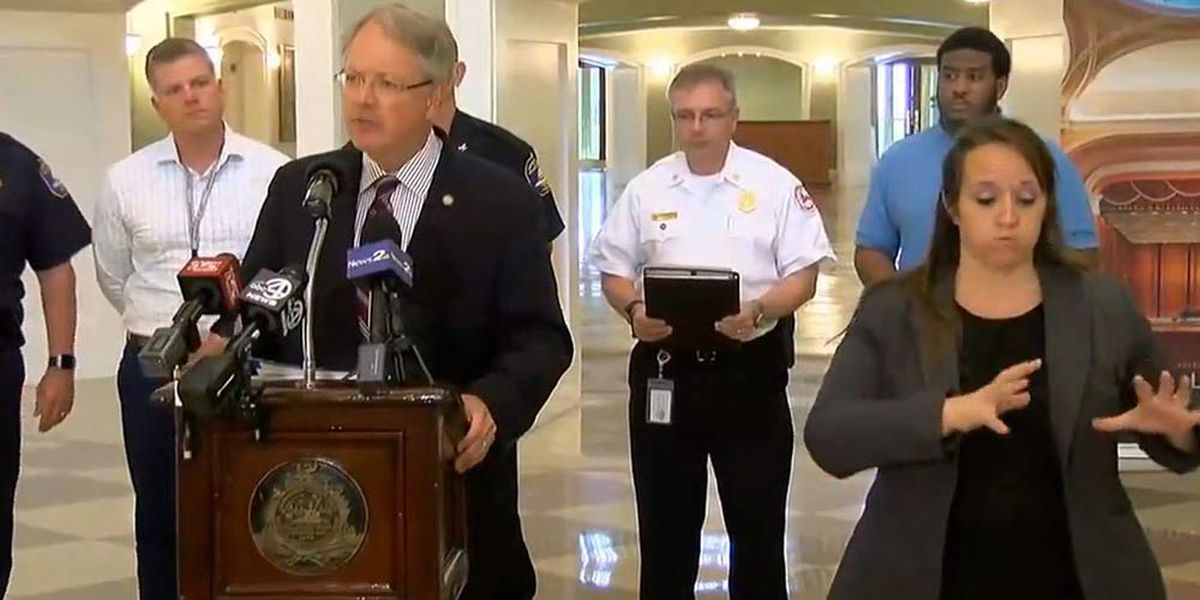 Charleston mayor: 'We're expecting a real nasty day' Thursday