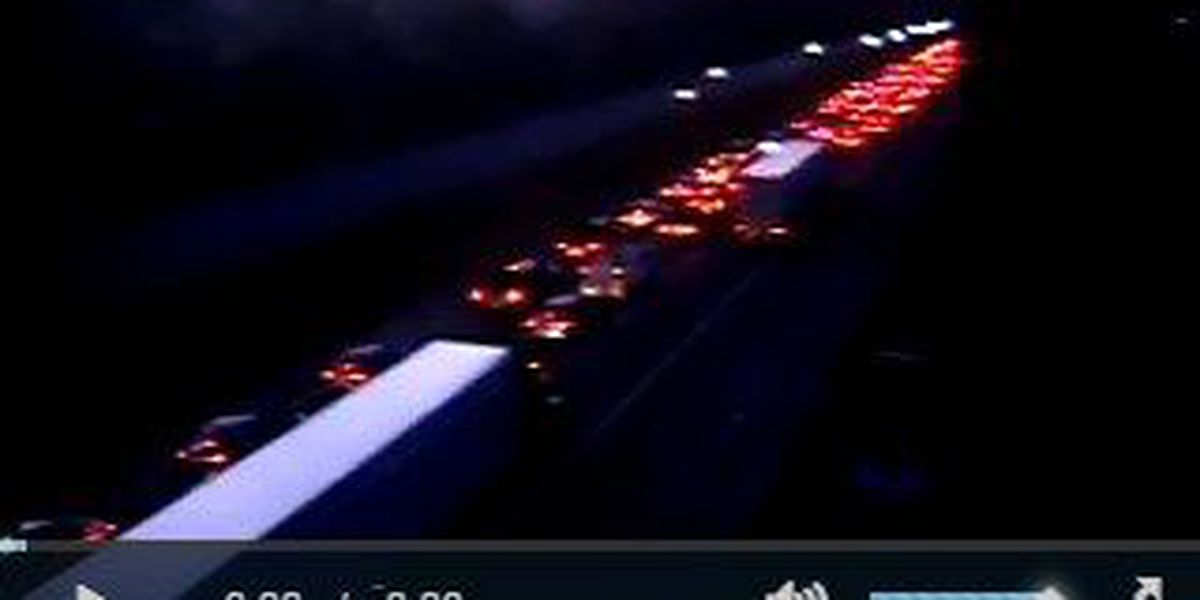 Crews clear I-26 westbound accident with injuries in Summerville