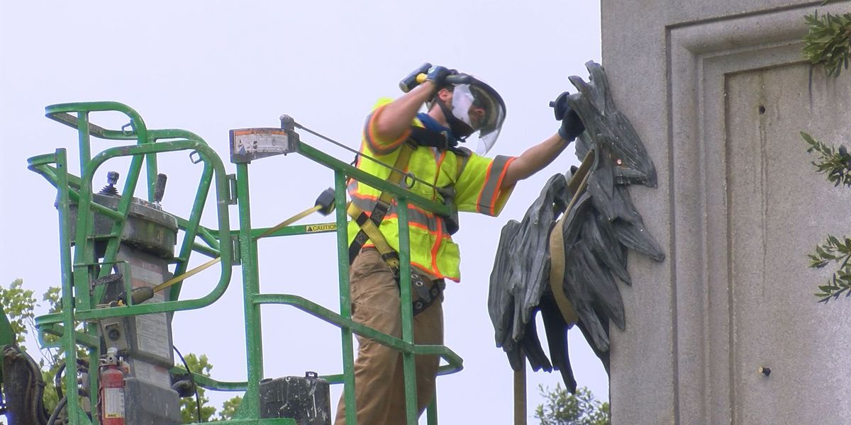 Crews take down bronze pieces on Calhoun monument; plans in works to take down the rest