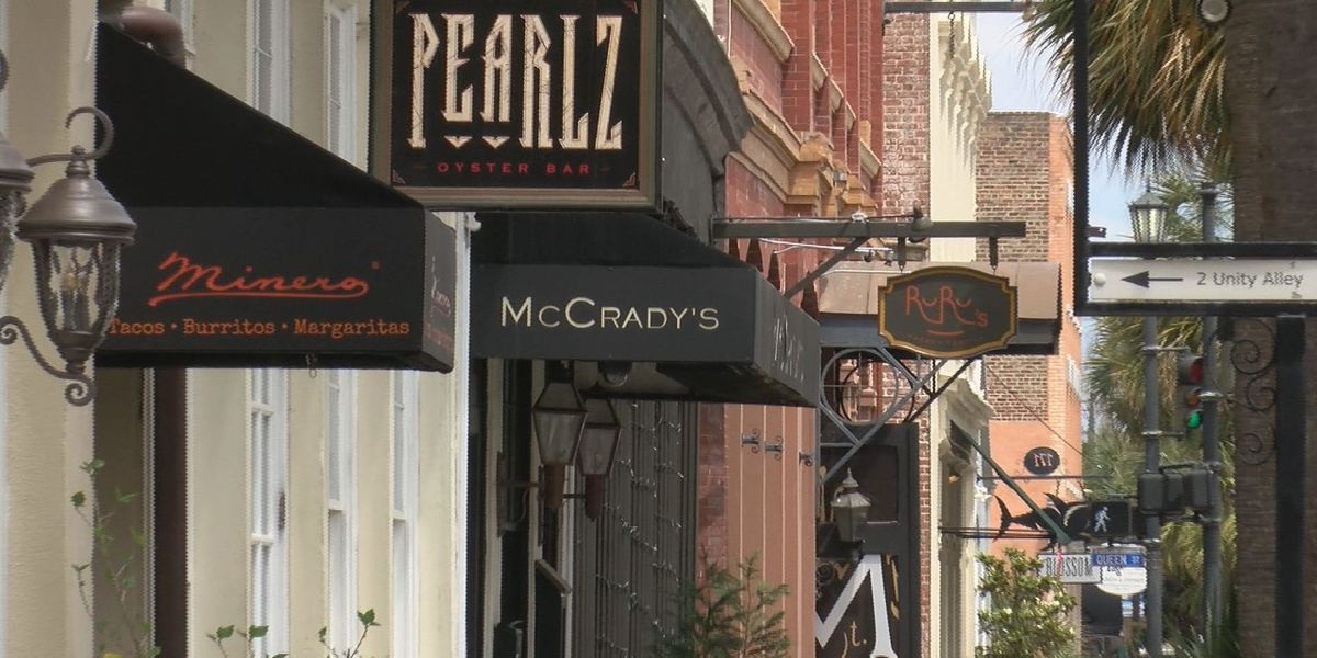 Some Charleston resturants unable to open its doors as state begins to reopen
