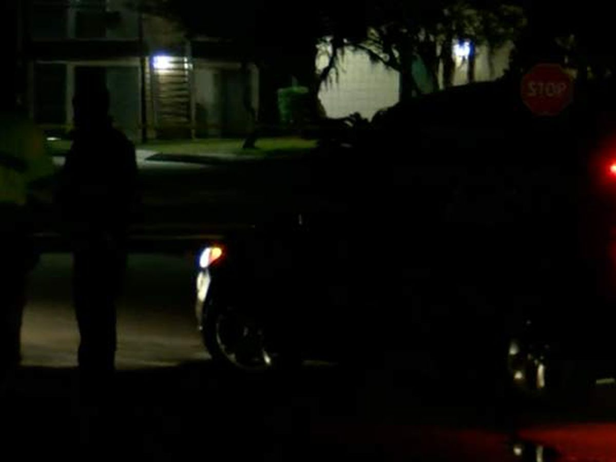 Coroner identifies man killed in overnight shooting at apartment complex
