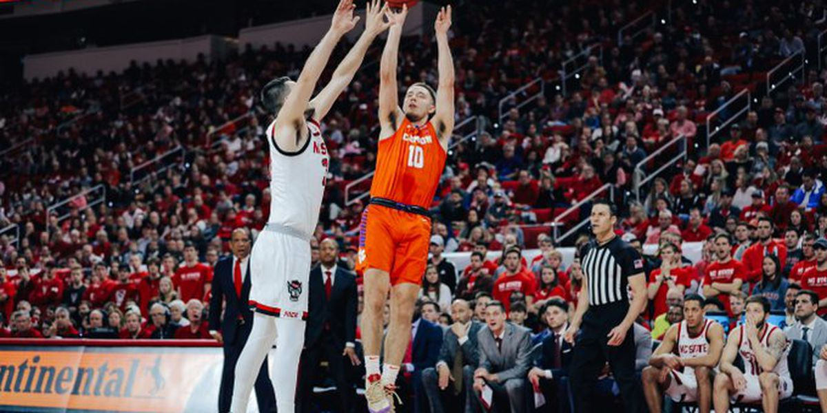 Clemson Falls to NC State 60-54