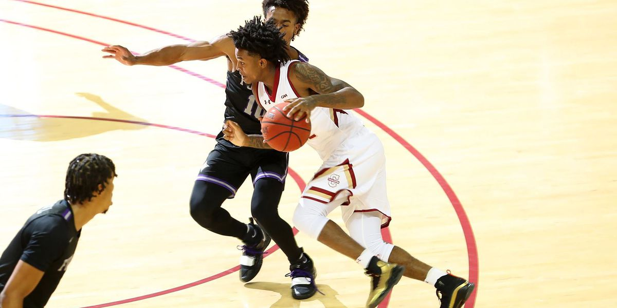Defense and Threes Pushes Furman Past Cougars
