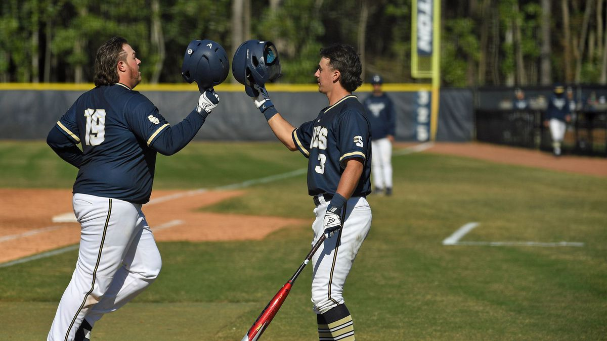 Bucs Fall in Both Games of Doubleheader