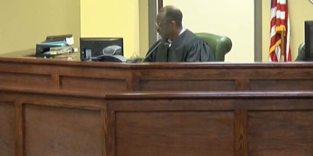 Charleston courts resume in-person trials Monday
