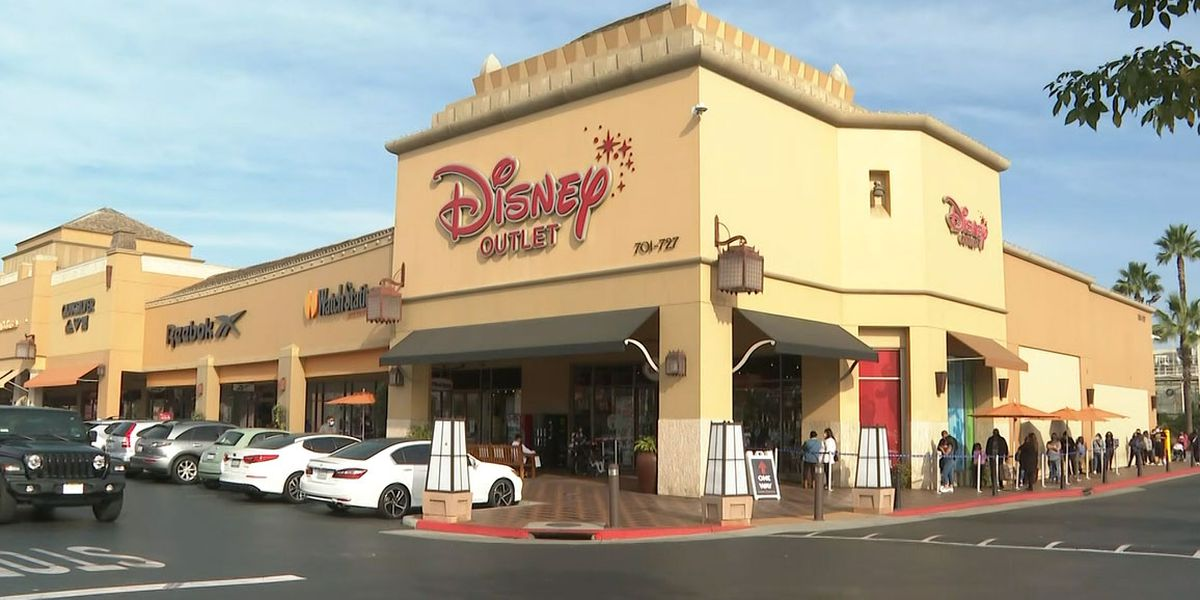Disney to close at least 60 stores in US, Canada