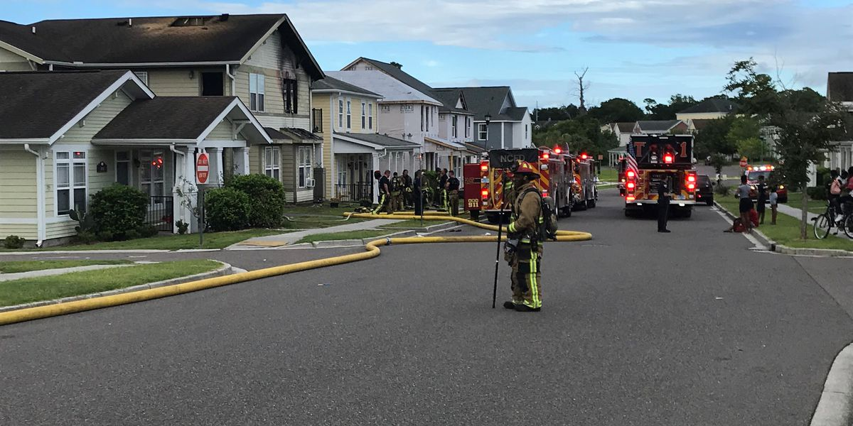 Crews respond to structure fire in North Charleston