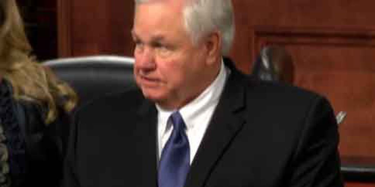 North Charleston mayor cleared of 'pay to play' allegations