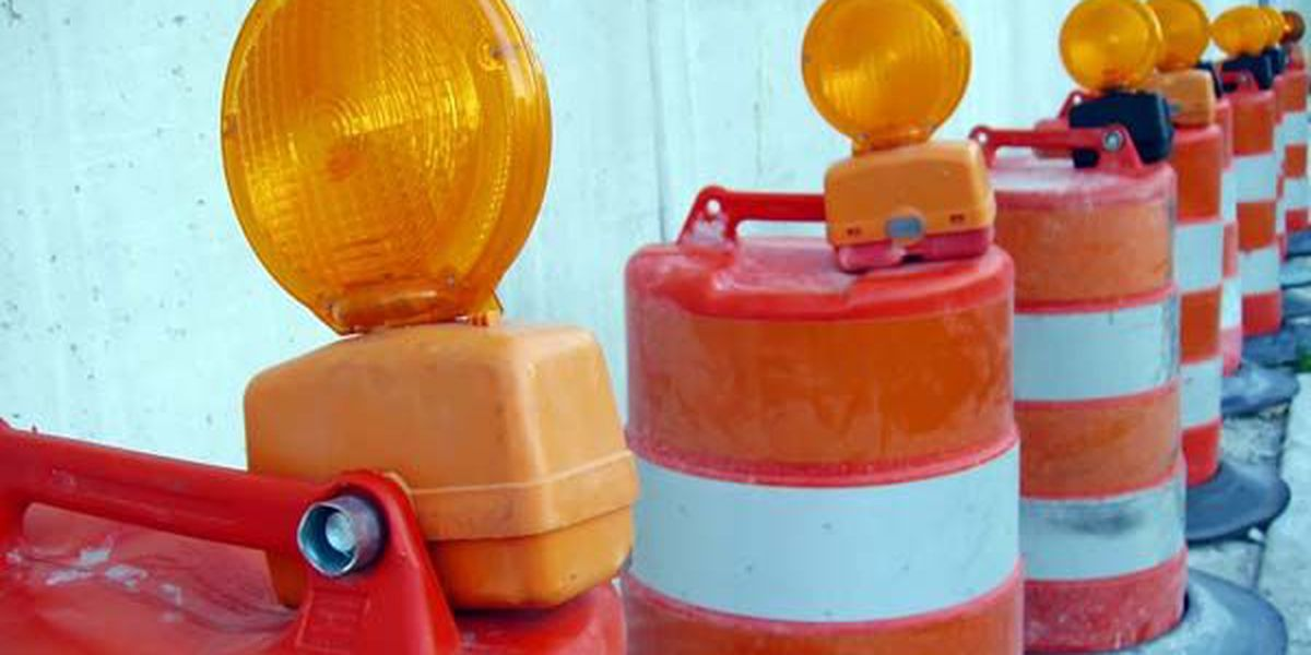 Lane closures expected on Ashley River Road as crews work to continue sidewalk