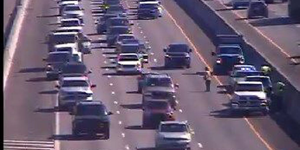 I-26 WB traffic in N. Charleston moving slowly following accident