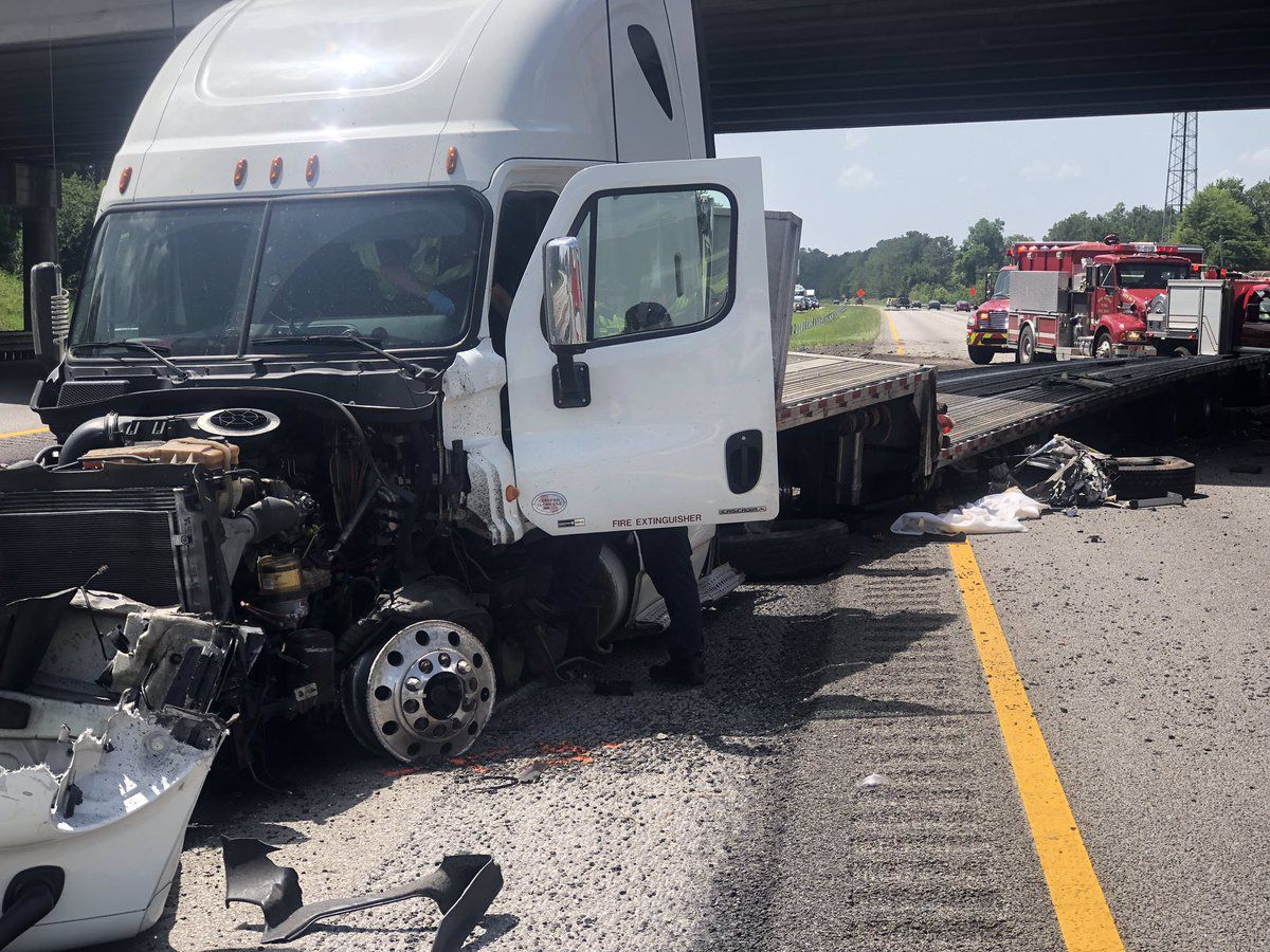 I-26 WB lanes in Orangeburg reopened following head-on collision that killed three, injured two