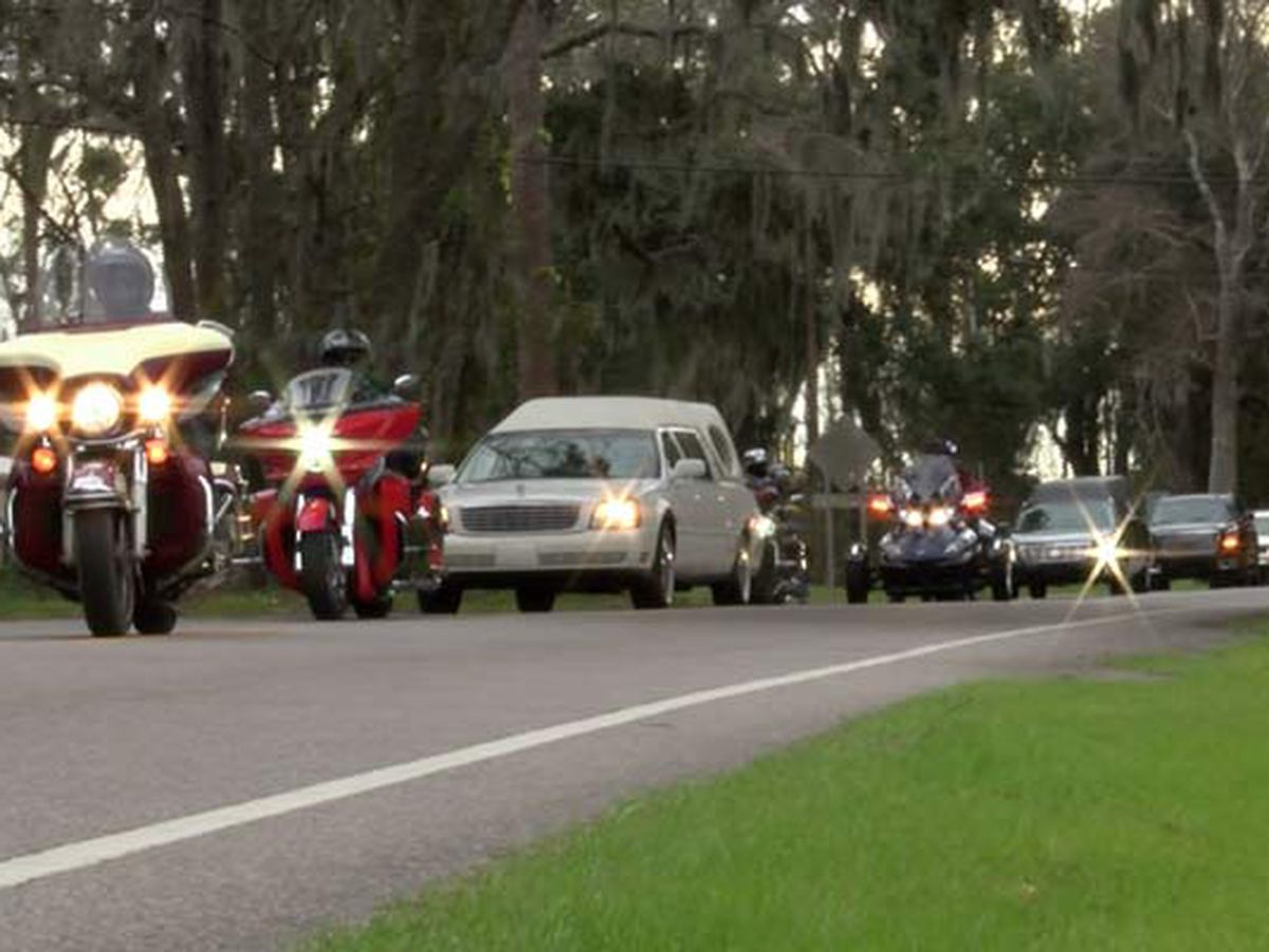Beaufort Co. group holds procession, prayer vigil in stand against crime