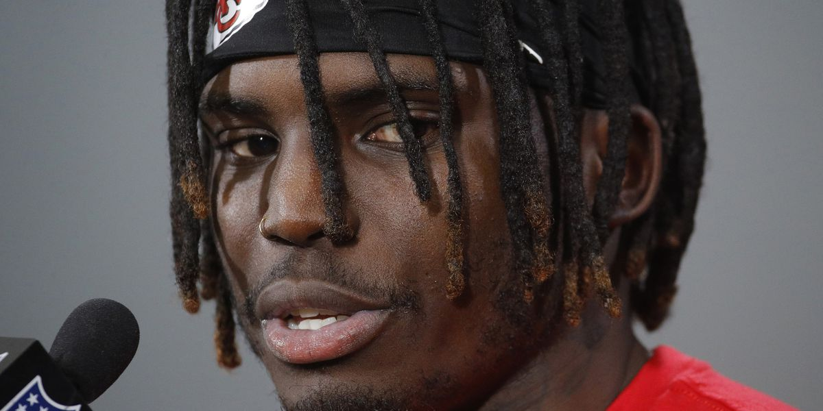 NFL won't suspend Chiefs' Tyreek Hill in case involving son