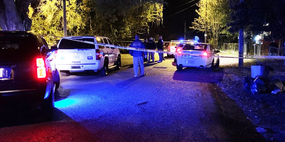 Police searching for clues in murder at N. Charleston apartment complex