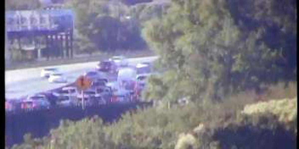 Two WB I-26 lanes shut down near downtown Charleston